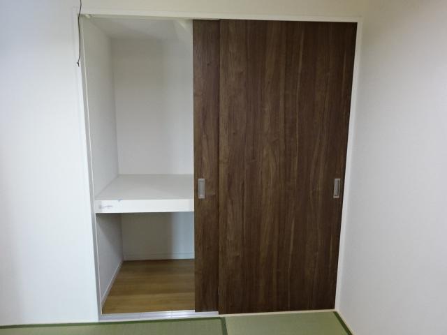 【同社施工例写真】スマートコントロールキー搭載の玄関ドア