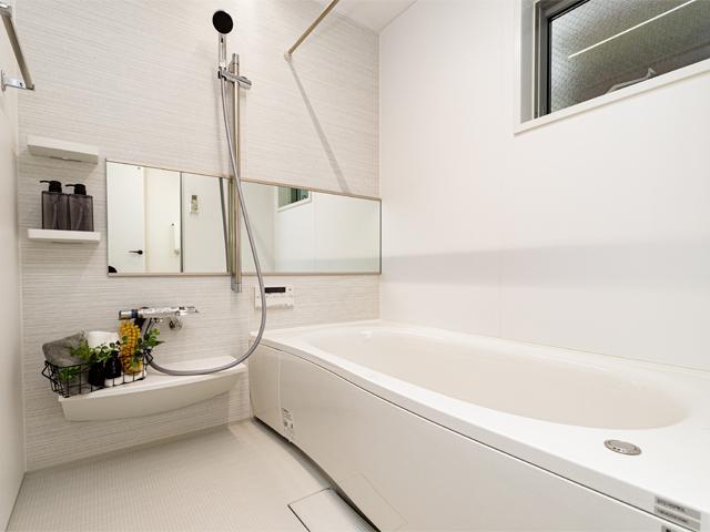 浴室乾燥機もございますので、雨の日のお洗濯も安心♪