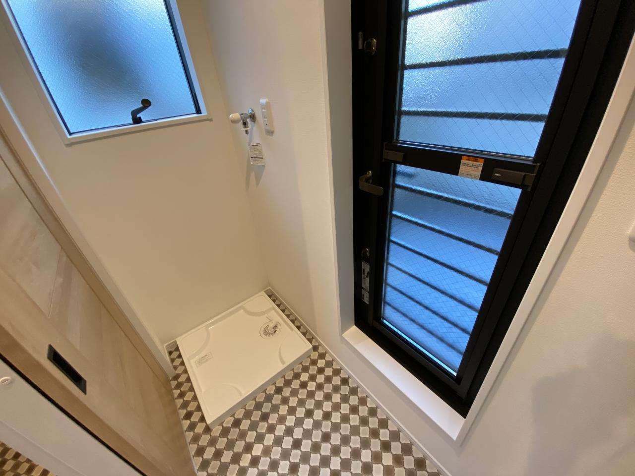 【8号地】ランドリースペースを2階に設けることで日々の洗濯を楽にしてくれます