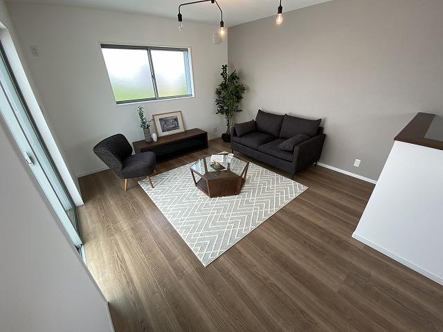 お子様のお部屋としてベッドや机を配置しても広々とした住空間を確保できますね