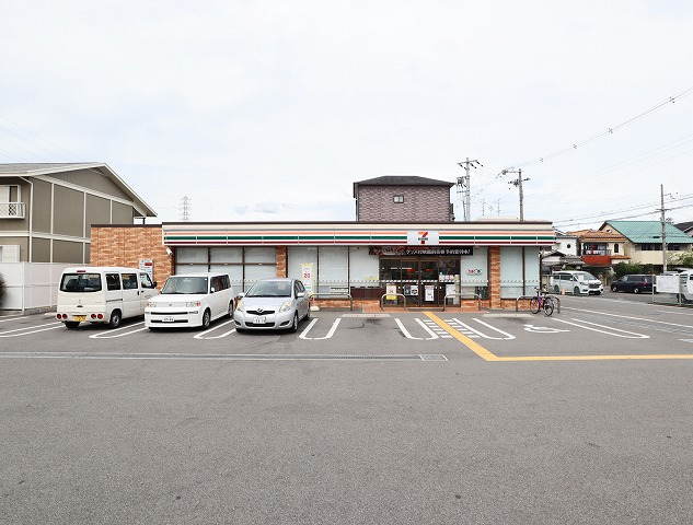 セブンイレブン 堺深井水池町店
