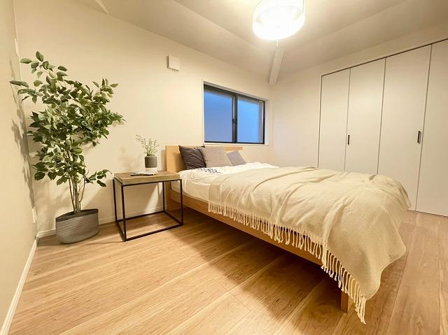 \同仕様写真/全居室収納スペース完備でお部屋がすっきり片付いて更に広々しますね♪